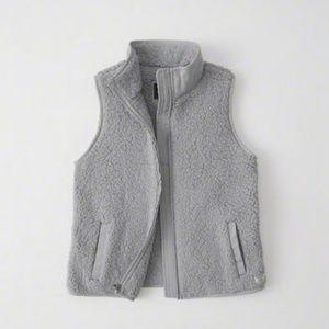 Abercrombie Sherpa Vest, size L